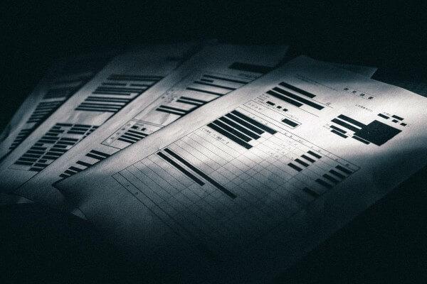 審査という名の情報収集