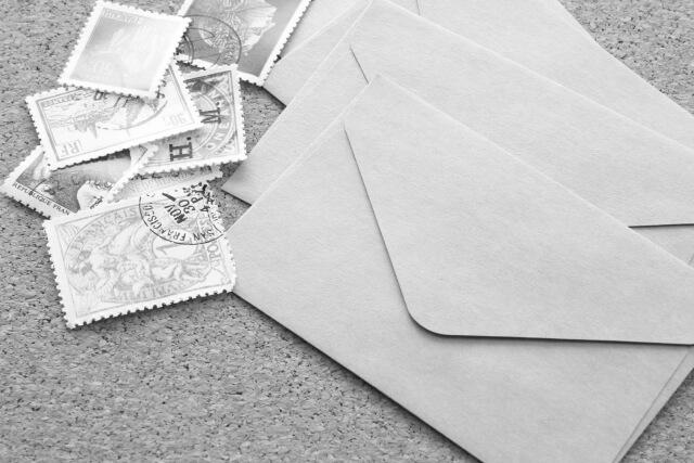 郵便物を見られる