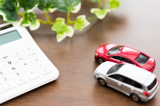 自動車税の滞納:差し押さえまでは最短4ヶ月、その対策は?