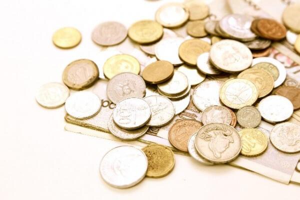 海外旅行で現地通貨を手に入れるのはキャッシングがベスト