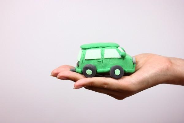 自動車ローンの保証人の条件と役割