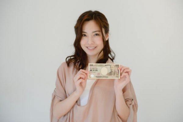 みずほ銀行で50万円以上を借りるなら、ATMなどでの追加返済は必須!