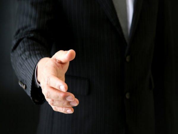 【方法7】個人間融資【違法ではないが非推奨】